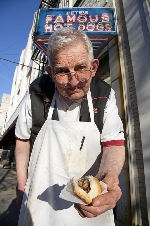 hot-dog-vendor-754706_960_720